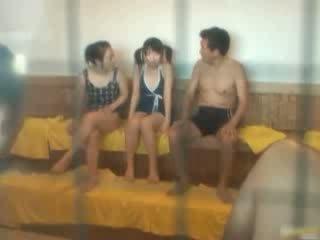Orientalne laska jest gorące i kąpiel w the spa