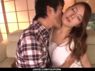 Nana ninomiya, kuuma vaimo, amazes hubby kanssa täysi porno