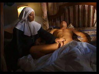 Италиански монахиня does анално