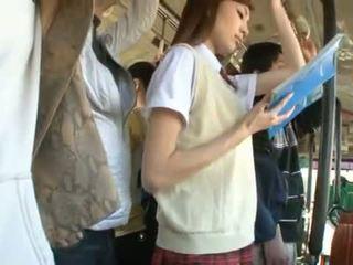 Kaori maeda has jej gorące wagina pie fingered w a publiczne autobus