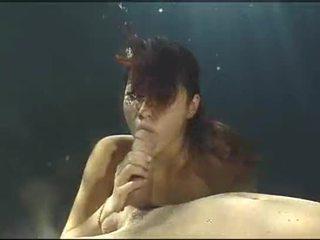 Debaixo de água asain broche