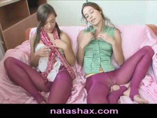 brunete, draudzenes, lesbiešu teen