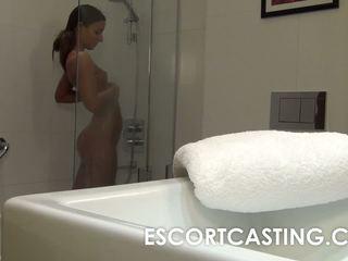 Eskort tutulan on hidden camera and its amirah