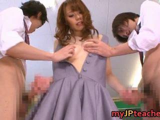 Eri ouka pleasing יפני מורה קבוצה סקס