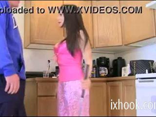 Flirty sister mandy seduces viņai brālis