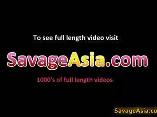 Seksikäs aasialaiset teinit stripping