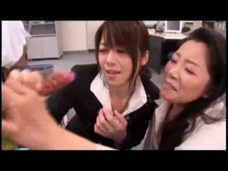 Japonesa meninas jogar com ejaculações shooting em trabalho vídeo