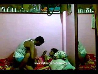 Indisk rajhastani pair i traditional indisk outfits having porno gigantisk