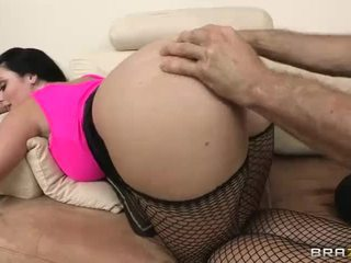 Sophie Dee Gets Her Juicy Big Butt Filled With Heavy Dick