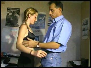 金發, 法國人, 肛門