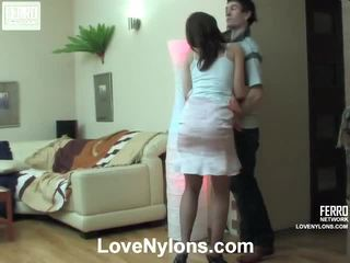 Jaclyn 과 vitas ardent 스타킹 비디오 활동