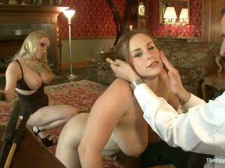 Guest meesteres aiden starr comes naar de upper vloer naar spelen met huis slaves