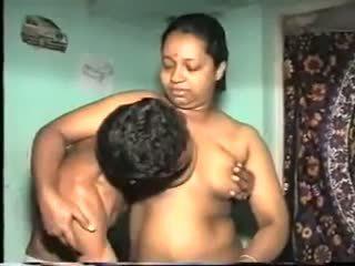 Desi aunty fick: kostenlos indisch porno video 7b