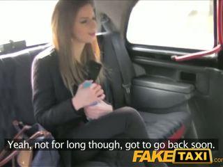 Faketaxi apdullinātas brunete takes tas no aiz uz taxi sextape - porno video 211