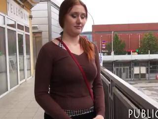 Maciço mamas amadora ruiva eurobabe nailed para dinheiro