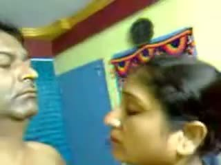 Sexy fait maison indien mature poilu couple sexe pipe mms