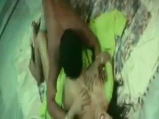 ইন্ডিয়ান লজ্জা aunty চোদা সঙ্গে তার boyfriend
