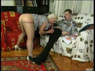 Cachonda mamá en calcetas teaches lad