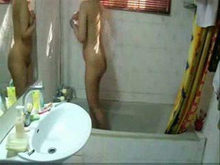 Pakistanez adolescență gagica imbaiere în baie parte 4