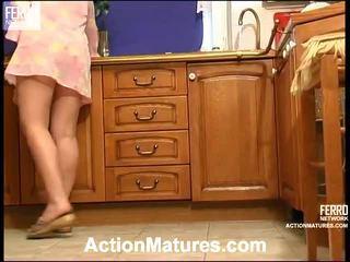 Amesteca de filme de acțiune maturitate