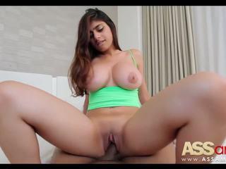 Didelis titty arab mia khalifa