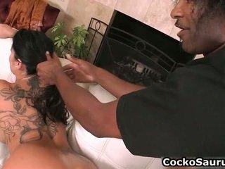 Mīlestība nepieredzējošas melnas cocks caurules