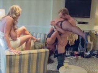 Acrobatic Kelsi Monroe Fucks Kelly And Ryan Madison