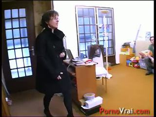 Femme de menage humiliee et abusee strūkla ! francūzieši amatieri
