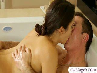 ボインの masseuse valentina nappi gives マッサージ と ファック