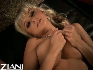 Briana blair doing daži solo 1