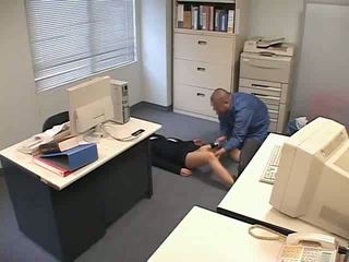 Naćpane i used w biuro wideo