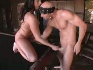 Gianna michaels 在 boobstravaganza 9