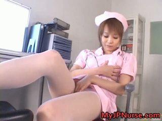 Hebat warga asia jururawat has mainan penetration