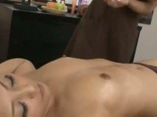 一 日本语 masseuse 和 她的 客户
