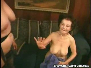 Schwer xxx alt großmutter porno