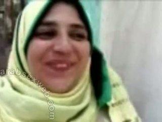 Ägyptisch hijab bj von die river-asw445