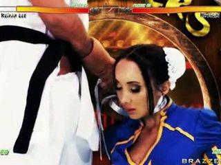 Katsumi lusty mieze mit chap im kostüm wie schwer blowjob