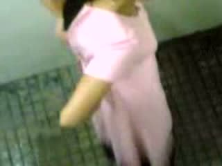 Indiýaly girls taped taking pee video