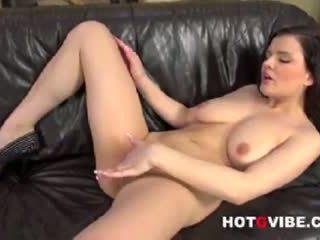 Nicole masturbação feminina 1