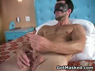Hunky সমকামী dude stripping এবং হস্তমৈথুন 11 দ্বারা gotmasked
