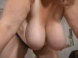 Mam & haar massief flabby saggy boezem