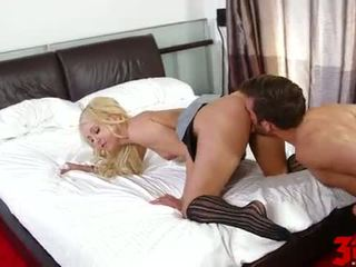 Aaliyah amour takes travail maison avec son