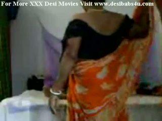 Warga india kampung aunty seks / persetubuhan dengan nieghbour peon