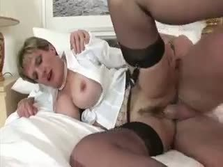 Cock Bouncing Lady Sonia Cumshot