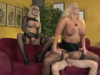 Alura jenson og jacky joy two stor titted blondes having shaged