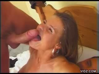 Two reusachtig cocks bangs nauw orifices