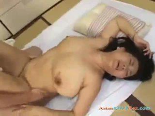 Fett äldre kvinna getting henne fittor körd av en ung guy