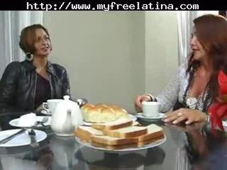 Brasilialainen äiti ja stepson latinan cumshots latina niellä brasilialainen meksikolainen espanjalainen