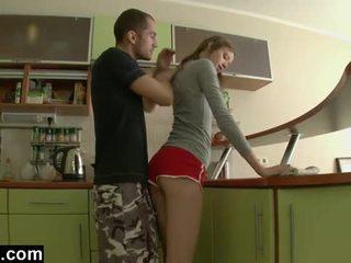 Primo tempo anale in il cucina