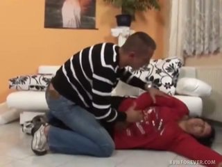Zwaar vet felt whilst unconscious